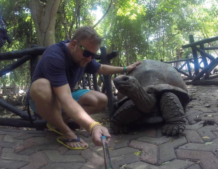 Selfie s ogromnom kornjačom na otoku Changoo!
