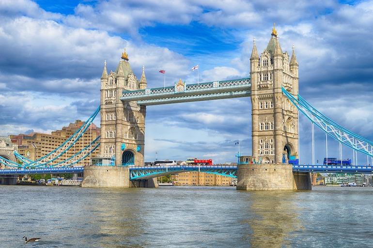 LONDON: Samo 48 eura povratne iz Splita!
